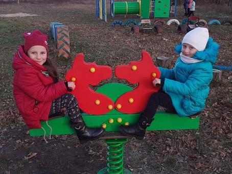 В Угриничах – новий спортивний дитячий майданчик