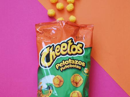 De welbekende Cheetos Pelotazos bij The Candy corner