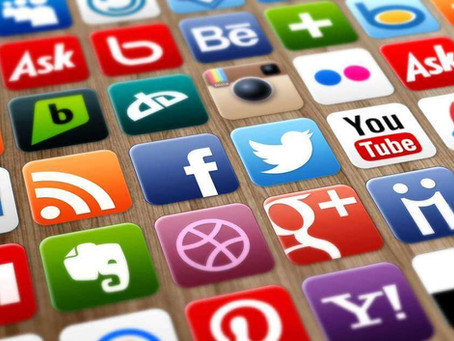 Como usar as redes sociais para divulgar seu currículo