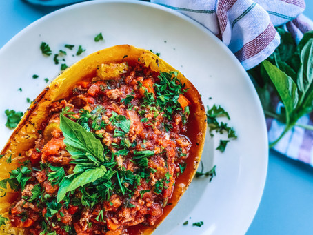 Turkey bolognese stuffed spaghetti squash