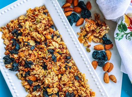 Paleo maple, almond & dried cherry granola