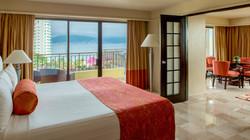 Dip Suite Bed.jpg