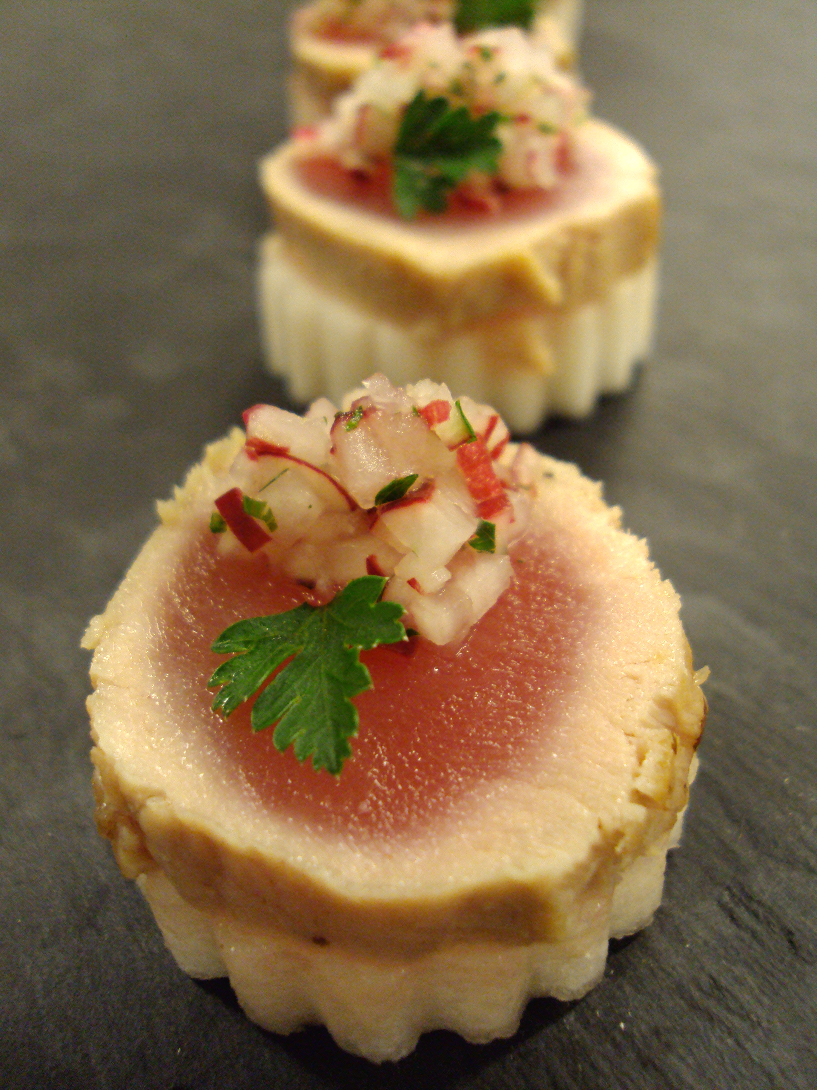 Seared tuna, radish relish