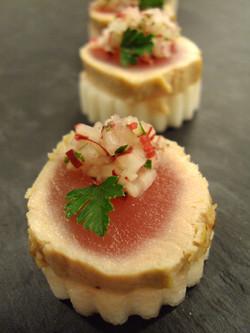 Seared tuna, radish relish