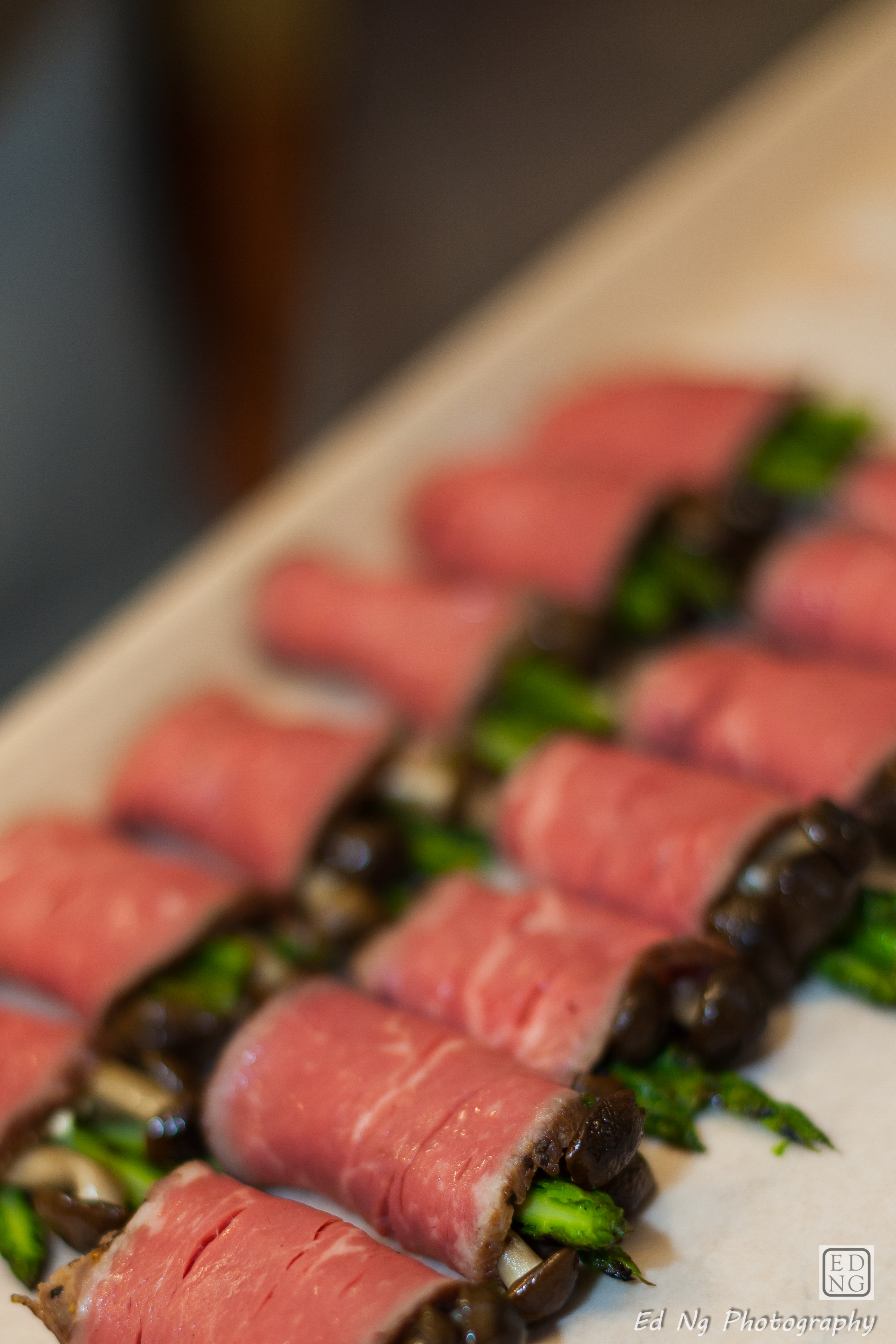 Roast beef, asparagus, cambozola