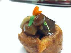 Yorkie with braised beef