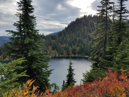Macdowell-Teva-Ahnu Sugrapine _Hiking Bo