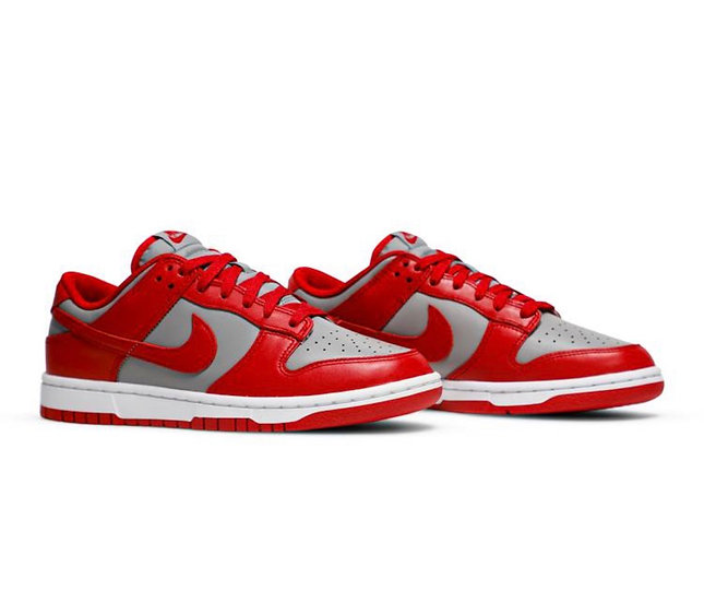 Dunk low 'Varsity red'