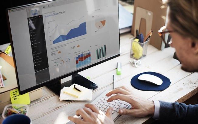 Melhorando a eficiência dos negócios com automação