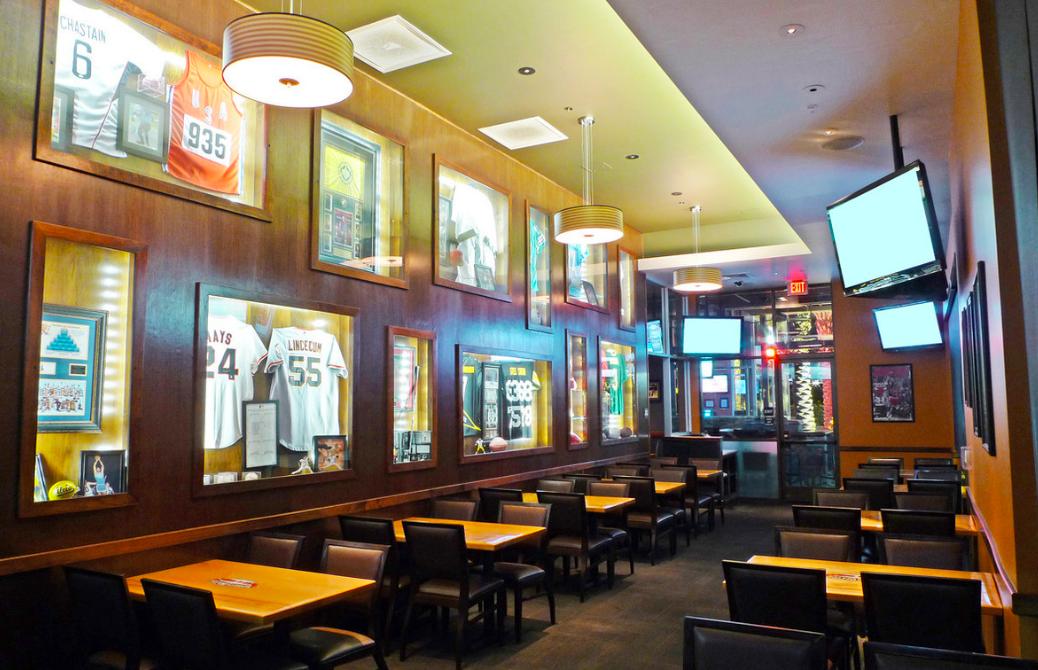 Sportswatch Bar & Grill - Highland
