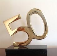 9._Troféu_50_anos_bronze_alt_16,5_cm.JPG