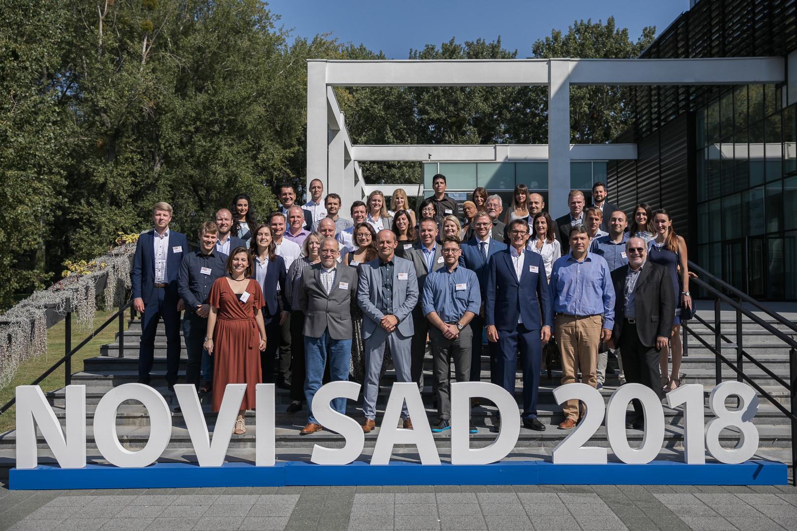 01_Novi Sad Gruppenbild.jpg