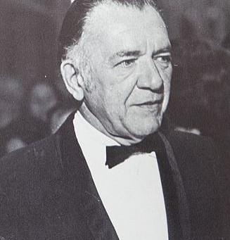 Walter Kerr