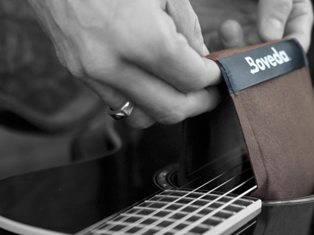 Protecting Your Guitar From Cracks & Warping
