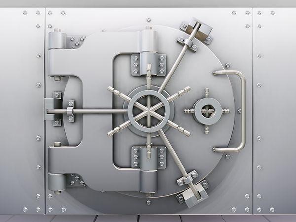 ws_Vault_door_2560x1920.jpg