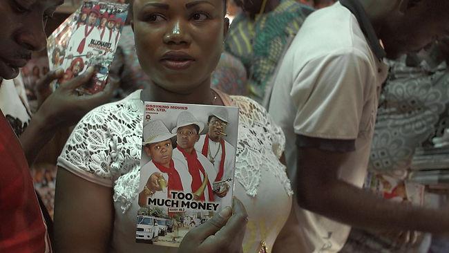 Nollywood_30_DiplPraese.10_09_21_02.Stil