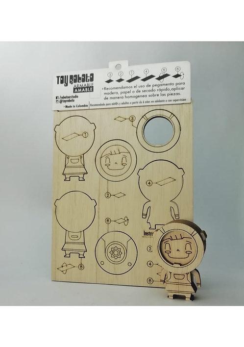 Robot armable básico 5cm ciprés / Toy roboto