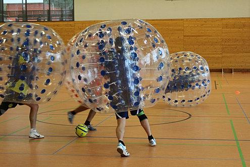 bubbleball fussball jga geburtstage vereinsfeste in dresden. Black Bedroom Furniture Sets. Home Design Ideas