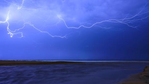 Air Lightning, Corrimal Beach, NSW
