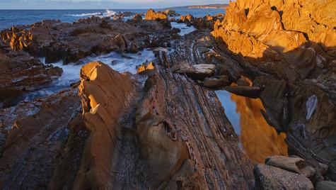 Dragons Backbone, Mimosa Rocks National Park NSW