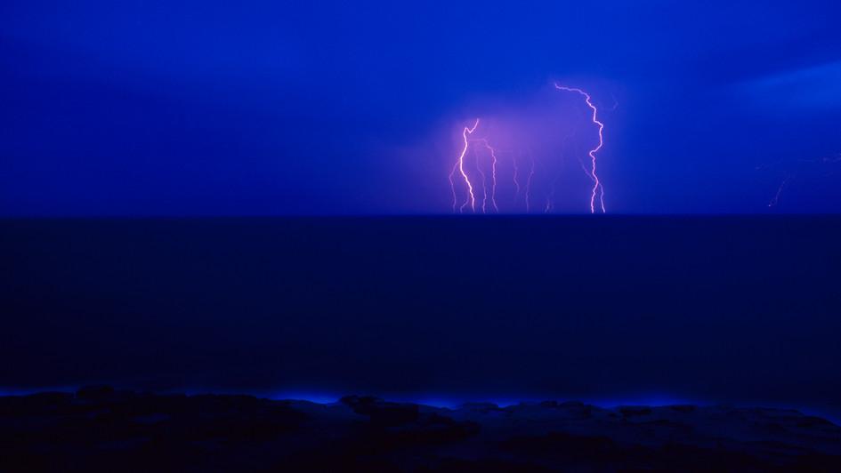 Distant Storm, Coalcliff NSW