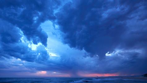 Unsettled, Bellambi Point, NSW Australia
