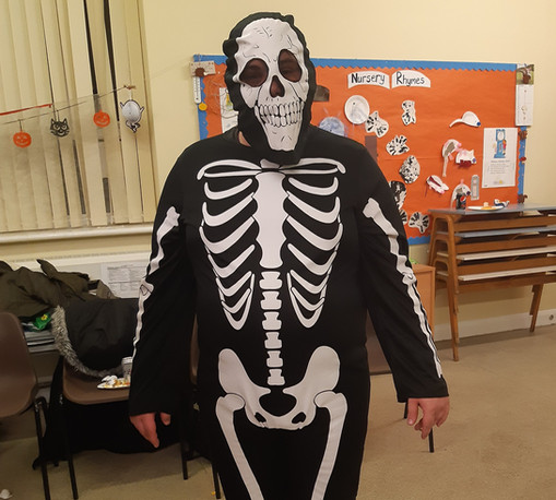Halloween%20Skeleton_edited.jpg