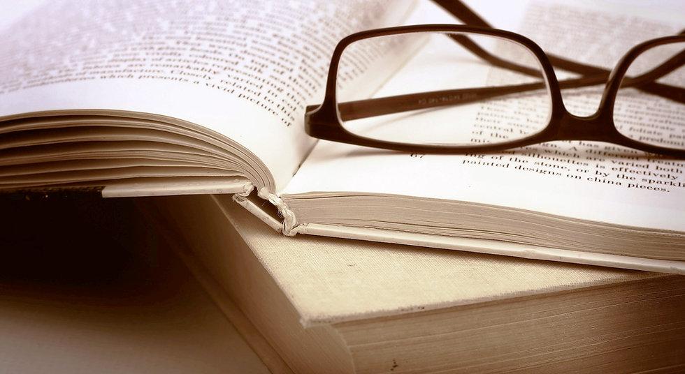 glasses-books.jpg