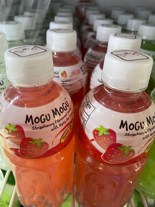 Mogu Mogu Nata De Coco Drink Strawbery 320ml