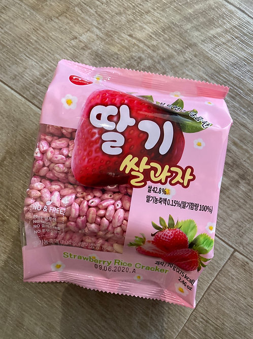 Korean Rice Cracker Strawberry Flav