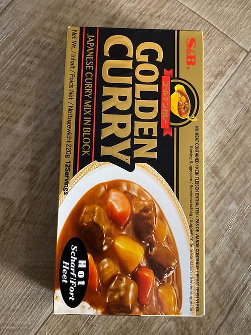 Golden Curry Hot 220g