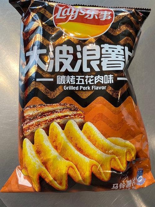Lay's Big Wave Grilled Pork Flav 乐事大波浪炭烤五花肉70g