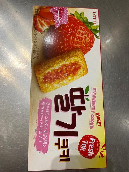 Lotte Strawberry Cookie 乐天曲奇草莓味