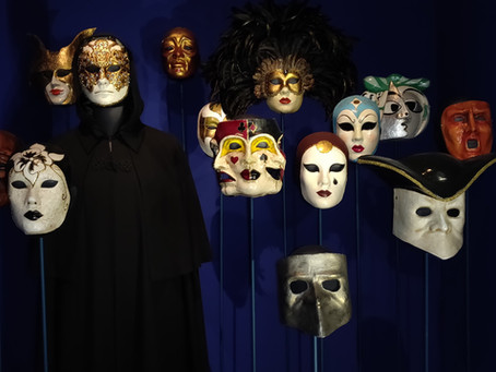 Behind the masks : Katharina Kubrick on her Eyes Wide Shut's posters