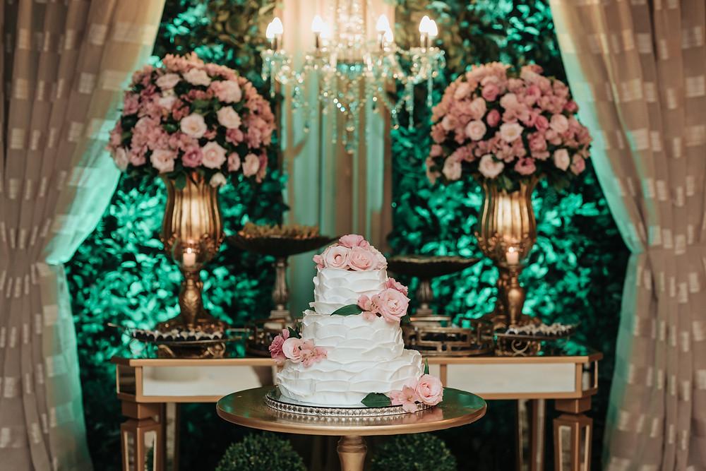 Bolo e Decoração de casamento