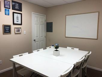 Meeting Room b.jpg