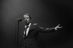 Olivier chante Jacques Brel