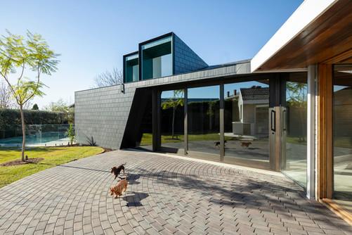 architectural-house-exterior-7HVDWWS.jpg