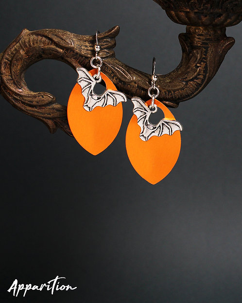 HalloQueen Scalemaille Earrings
