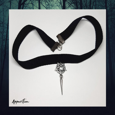 Hekate's Touch Choker