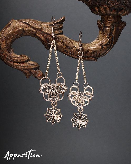 Black Widow Chainmaille Earrings