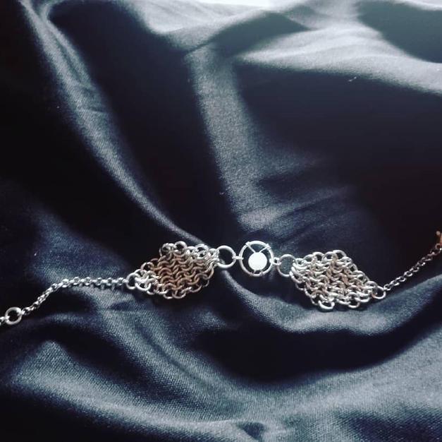 European 4-in-1 Bracelet