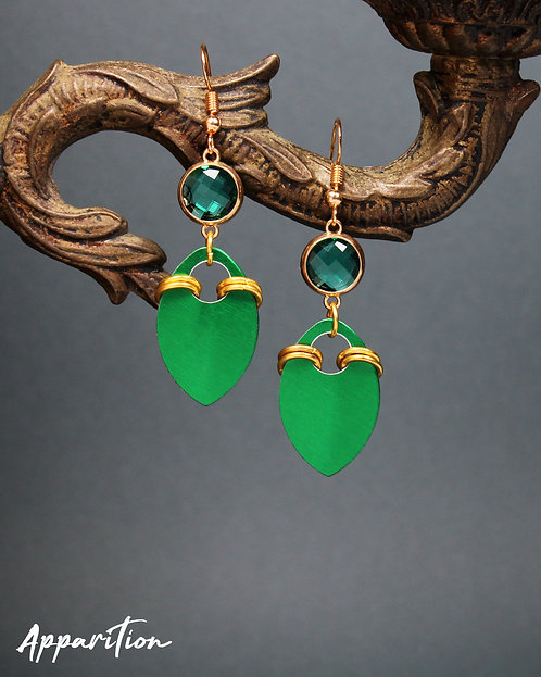 Kagura Green Scalemaille Earrings