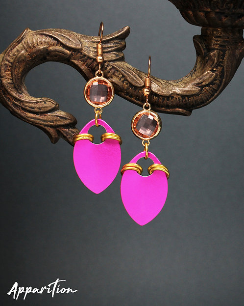 Kagura Pink Scalemaille Earrings