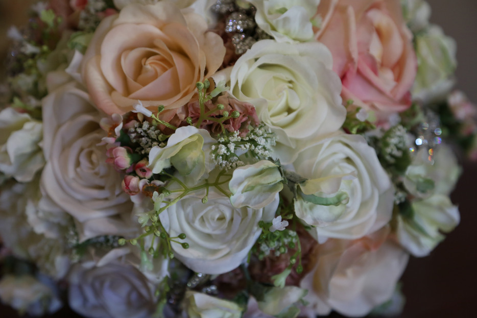 ROSES, PEARLS, BROOCHES & DOILIES