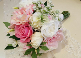 Peonies, Roses & Buds, Sweet Pea, Freesias &  Queen Anne's Lace
