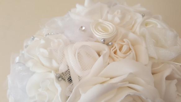 bm White Rose with Tulle9.jpg