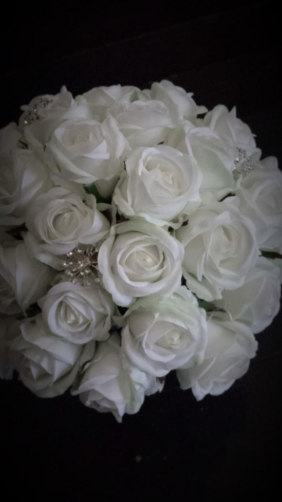 Sues White Foam Roses Rosebuds Bling