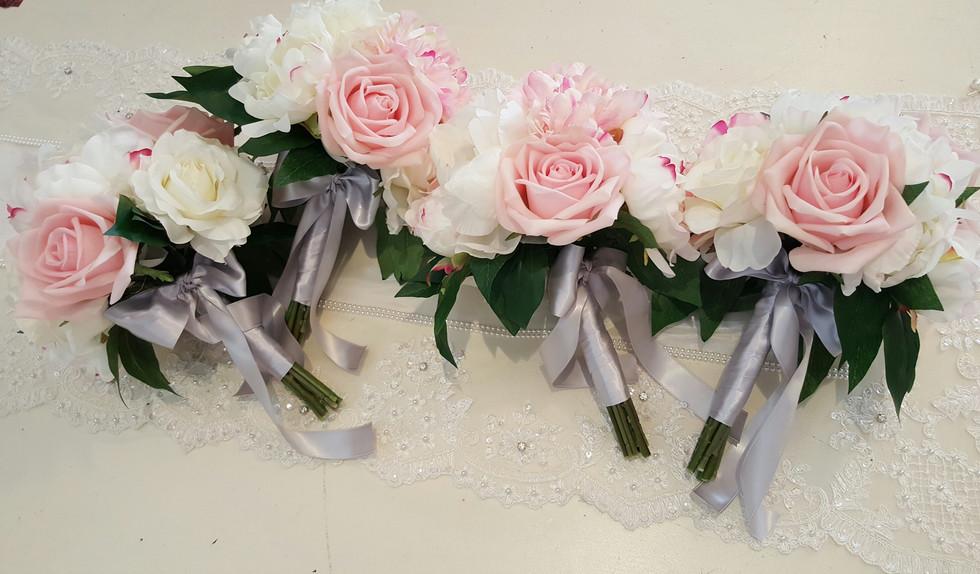 Pink & White Peonies & Roses