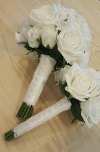 White Real Touch Roses & Diamantes